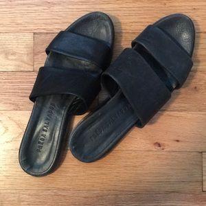 FREDA SALVADOR black leather sandals